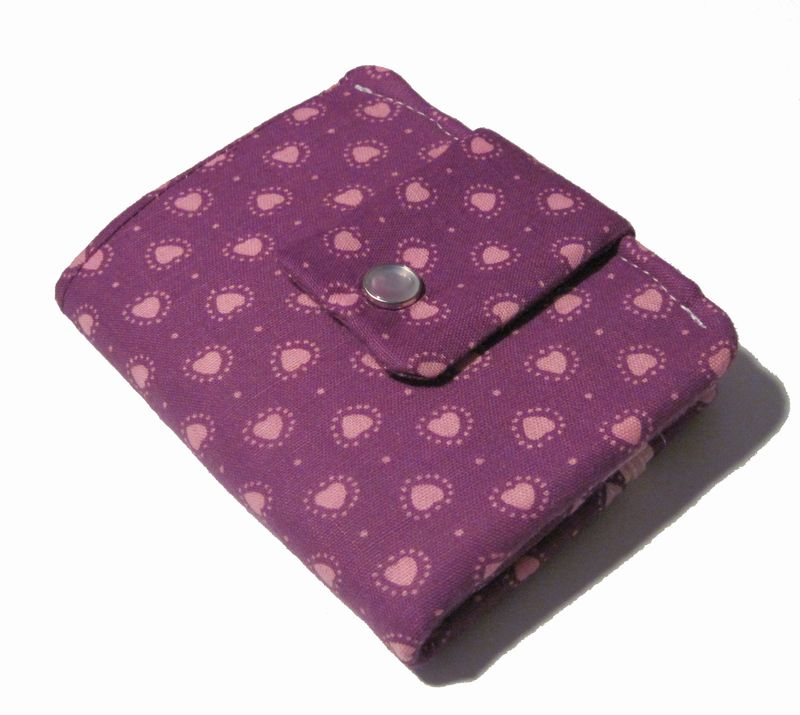 A a a apinky hearts wallet front