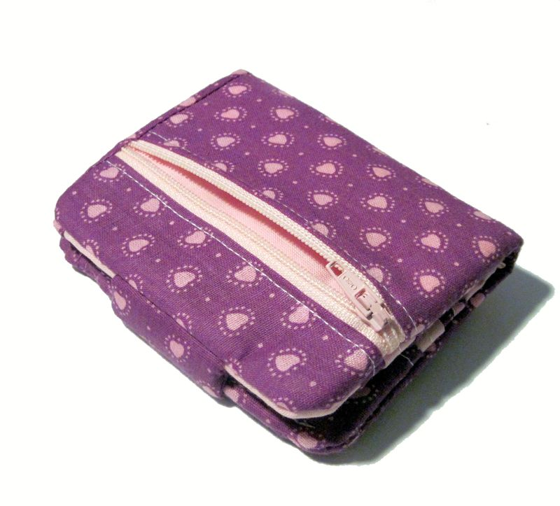 A a a apinky hearts wallet back